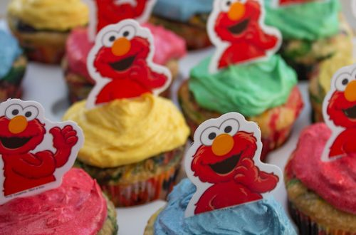 First Birthday Party: Colorful Elmo Cupcakes