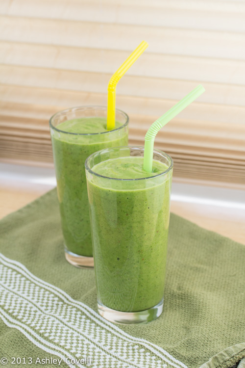 Apple, Cucumber, Avocado and Kale Green Smoothie