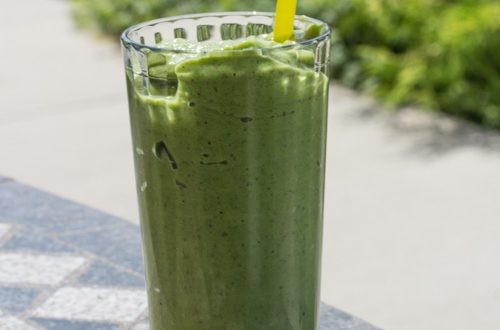 Apple, Avocado, Cucumber Kale Smoothie