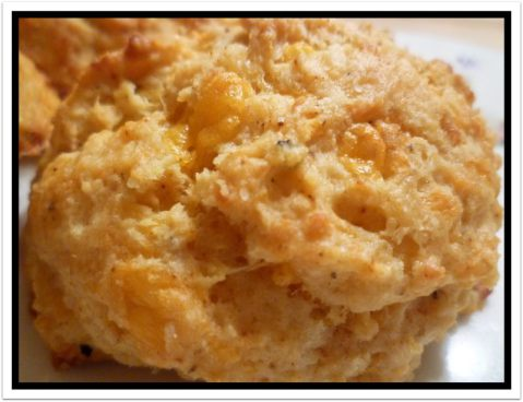 Chipotle Cheddar Biscuits