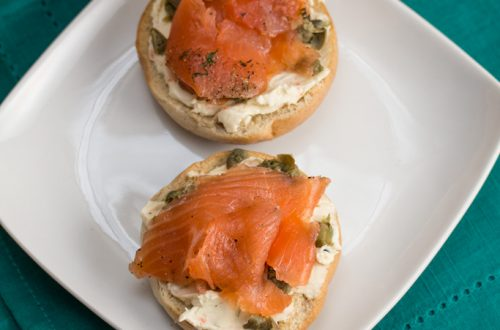 Mini Bagels with Salmon Gravlaks, Veggie Cream Cheese and Capers