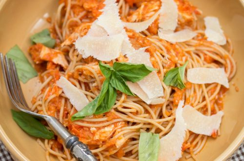 Family-Style Chicken Spaghetti: Transform rotisserie chicken into a quick, satisfying weeknight meal.