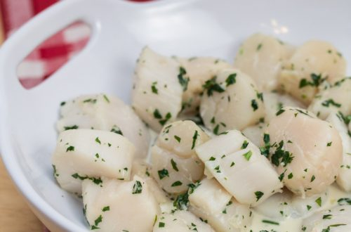 Julia Child's Wine Poached Sea Scallops Poached with Fines Herbes: A quick-and-easy, elegant seafood course that's sure to impress!